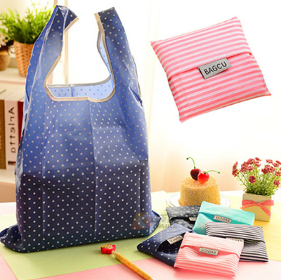 Assorted pattern foldable recycle bags
