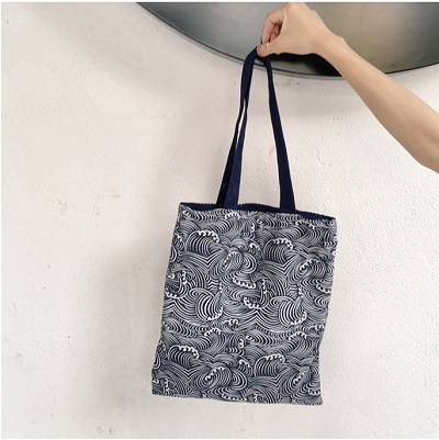 Black and White Cloudy tote bag