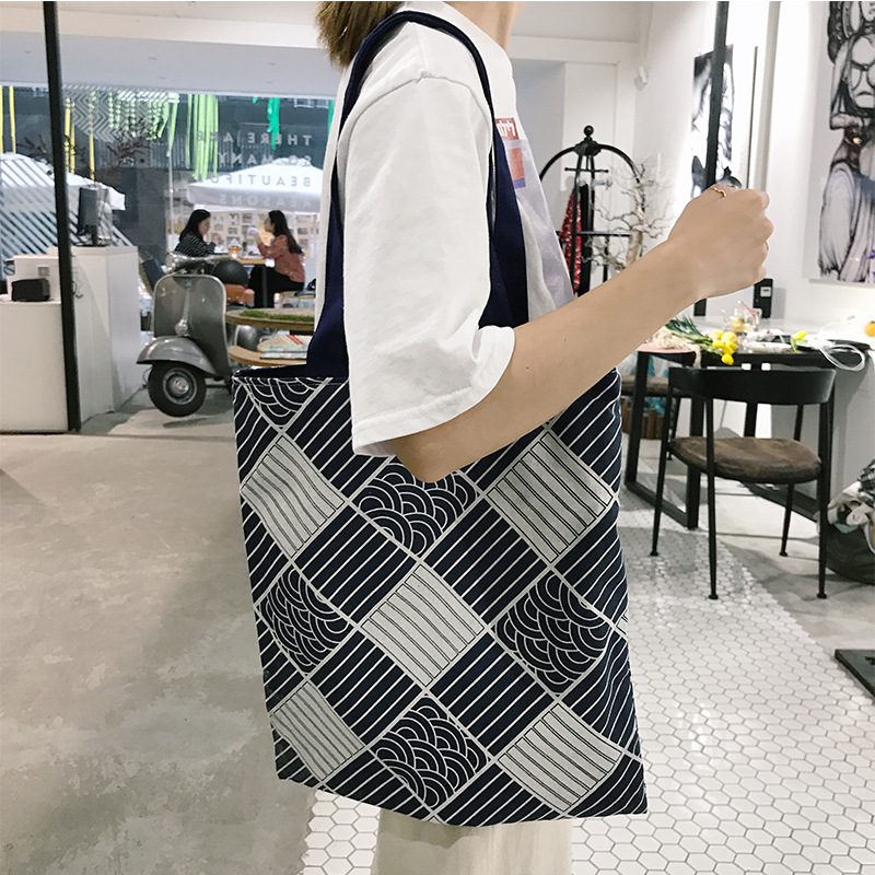 Black and White Squared pattern tote bag